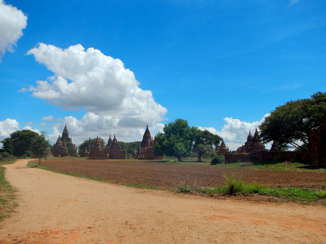 04 Bagan 177 Vistas desde la Bagan-Nyaung U Road 4