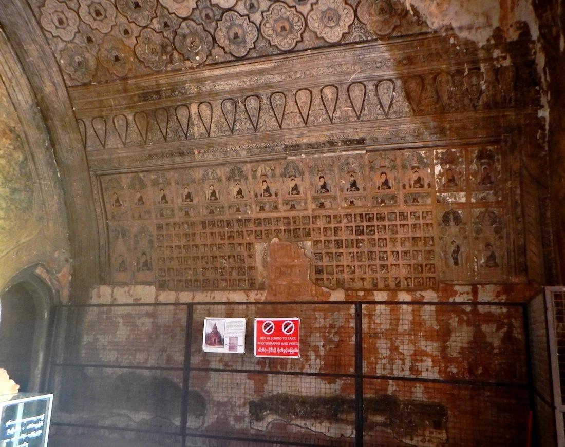 04 Bagan 237 Frescos de Gubyaukgyi 1