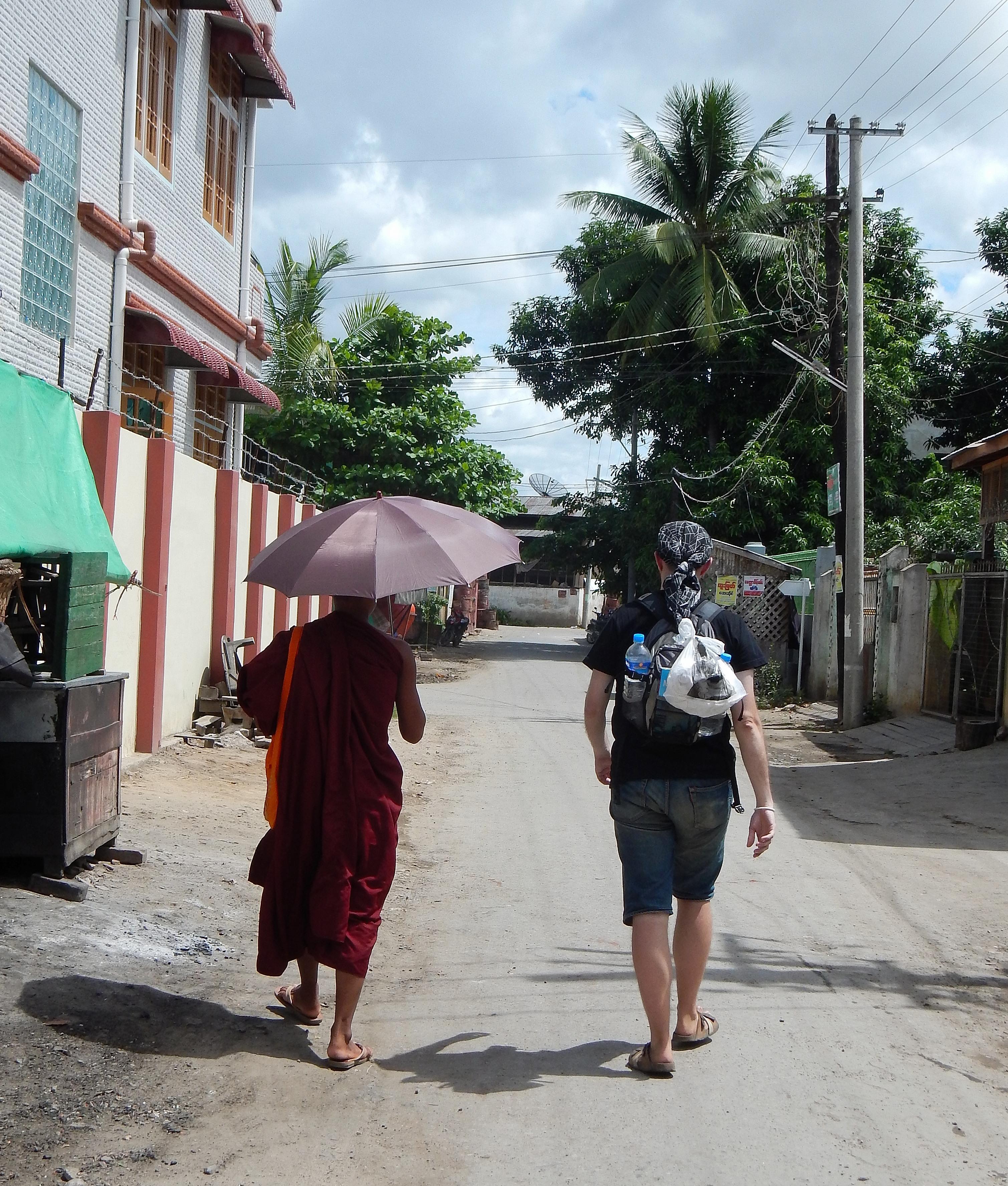 10 Mandalay 2 005 Callejeando