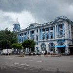 Edificio de 1914 en Strand Rd. con Sule Paya Rd.