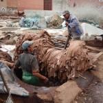 04 Marrakech 081 Medina 63 Tenería bereber 7